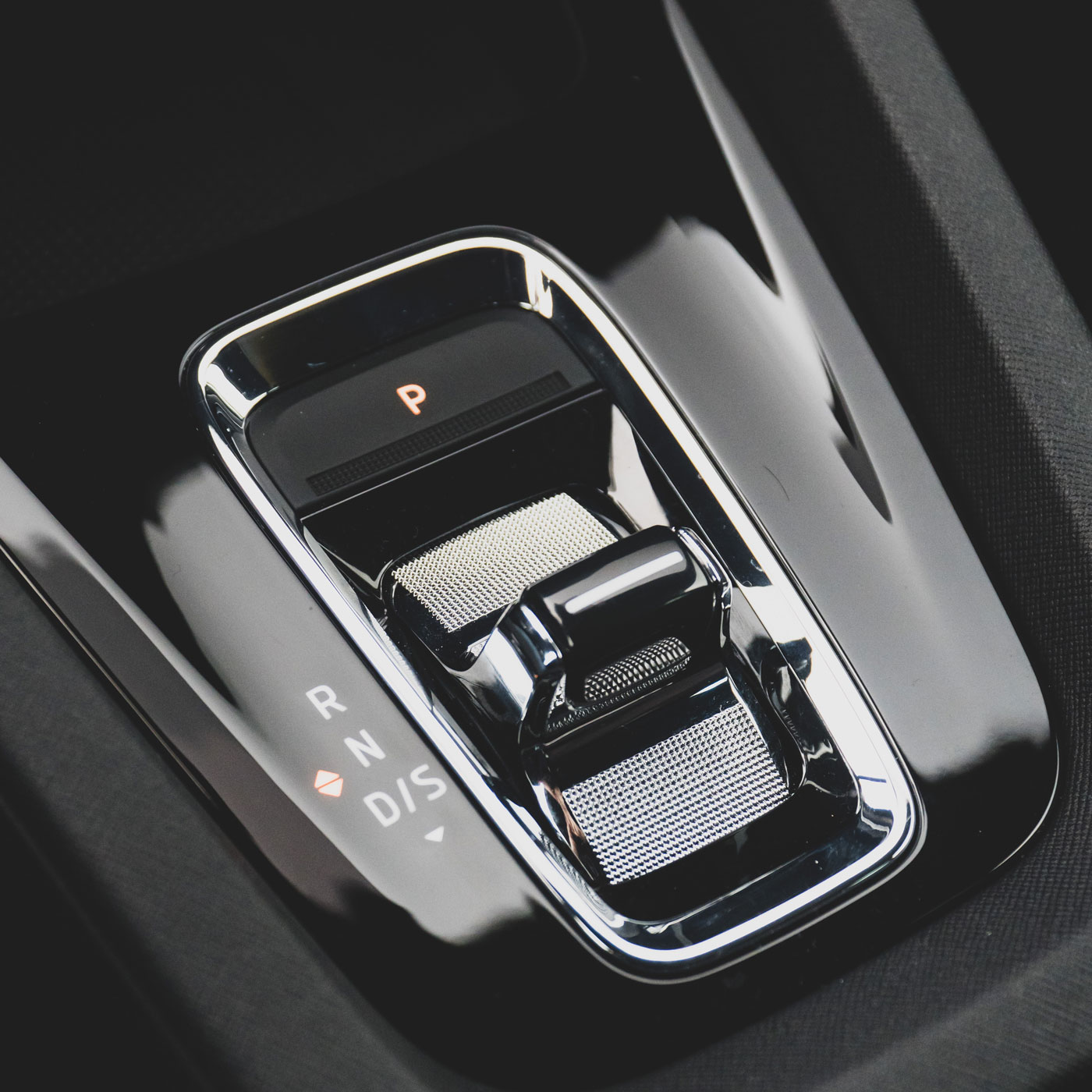 SKODA OCTAVIA RS - Shift by wire